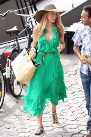 Emerald green clothes shoes accessories - myLusciousLife.com - gossip girl - blake lively.jpg