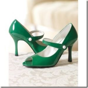 Green clothes shoes accessories - myLusciousLife.com - green shoes.jpg