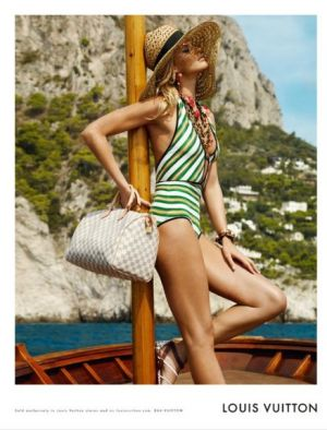 Green colour inspiration - myLusciousLife.com - louis vuitton cruise collection 2011.jpg
