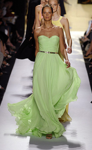 Green dresses - Michael Kors light green gown in New York Fashion week in Spring 2008.PNG