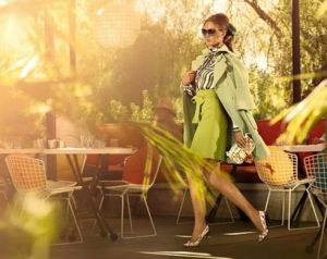 Green dresses - louis vuitton -cruise-2011-catalogo-sabbia-pochette.jpg