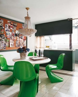 Green home decorating - myLusciousLife.com - Dining room with bright green chairs.jpg