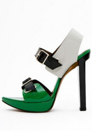 Green shoes and accessories - myLusciousLife.com - Marni - Patent leather sandal.jpg