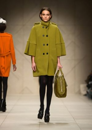 burberry prorsum womenswear autumn winter 2011 collection_003.jpg