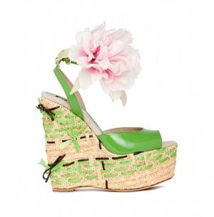 dg-shoes-accessories-spring-summer-2011 - myLusciousLife.com - green.jpg
