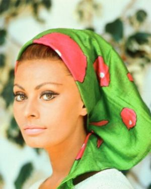 sophia loren wearing colourful headscarf.jpg
