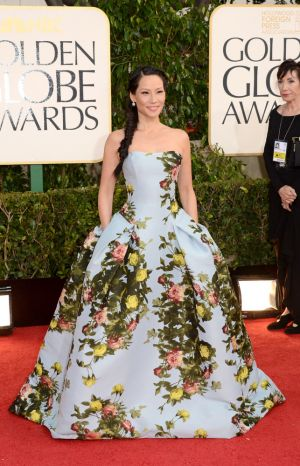 Golden Globes 2013 - Lucy Liu in Carolina Herrera