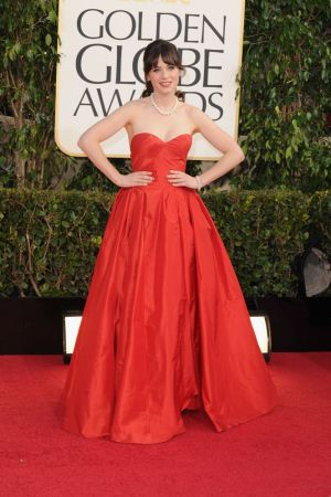 Golden Globes 2013 - Zooey Deschanel in Oscar de la Renta & Kwiat