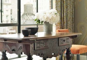 Wooden-Table-of-Crosby-Street-Hotel - mylusciouslife.com