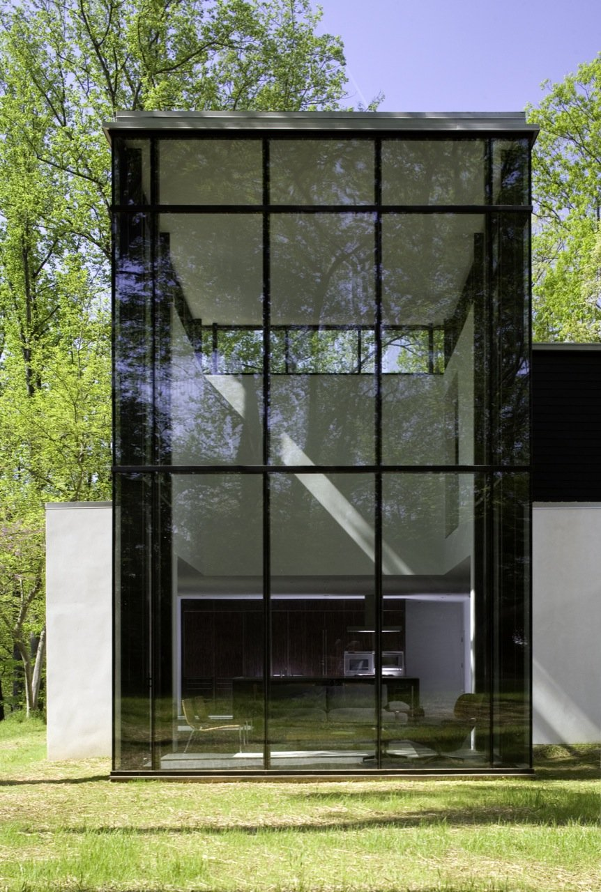 Glass House Architecture: STYLISH HOME: Black And White House Exteriors
