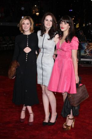 Laura Carmichael Michelle Dockery and Jessica Brown-Findlay at Chronicles of Narnia 2010.jpg