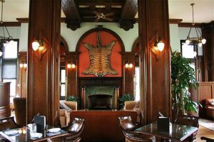 Colonial style decor - myLusciousLife.com - Bengal Lounge.jpg