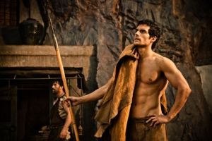 immortals-henry-cavill-theseus-spear.jpg