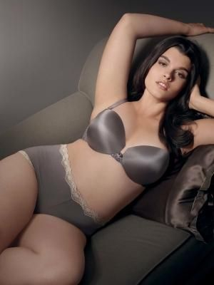 c16-Lingerie and swimwear for curvy girls - Luscious blog - Crystal Renn.jpg