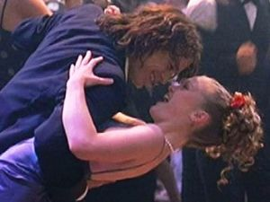 10 Things I Hate About You 1999 - Julia Stiles Heath Ledger.jpg