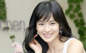Song Hye Gyo - Luscious blog - actress.jpg