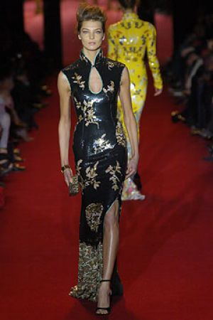 Fall 2004 Yves Saint Laurent Rive Gauche,under Tom Ford16.jpg