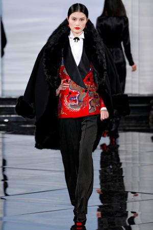 Ralph Lauren also had Chinese inspired clothing at his Fall 2011 show4.jpg