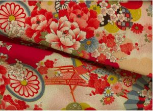 kimono_peach.jpg