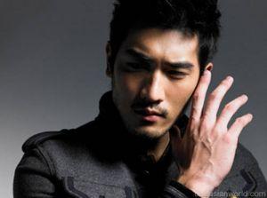 Power-Men-Vogue-Taiwan-January-4.jpg