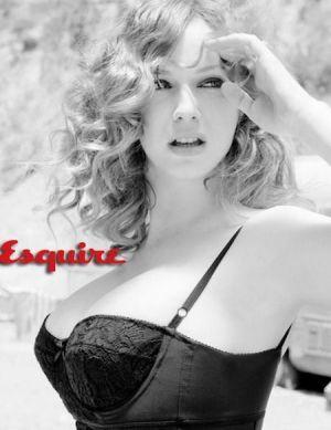 christina-hendricks-esquire-photoshoot6.jpg