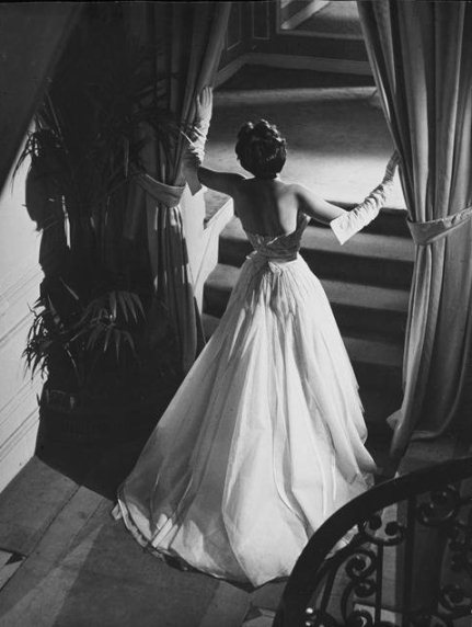 Black white vintage photography dior 1948 jpg
