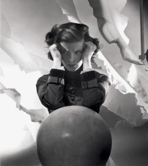 beautiful photography images - Katharine Hepburn 1935.jpg