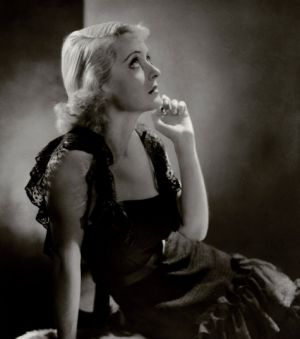 vintage fashion pics - Bette Davis.jpg