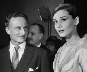 Audrey Hepburn and Hollywood director Fred Zinneman in Rome during filming of Nuns Story 1958.JPG