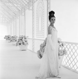 Audrey Hepburn costumes - Audrey Hepburn - white dress - My Fair Lady.jpg