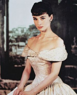 Audrey Hepburn in Roman Holiday 1953 Paramount - Designer Edith Head.jpg
