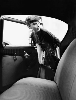 Audrey Hepburn pictures - Audrey Hepburn getting into car.jpg