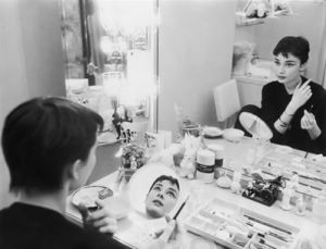 Audrey Hepburn pictures - audrey hepburn dressing table vintage lady.jpg
