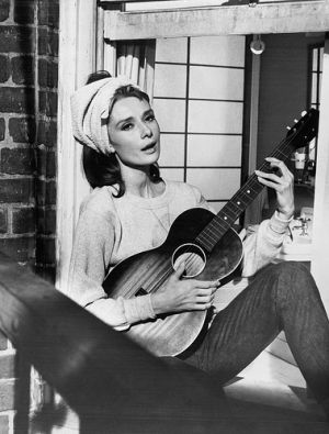 Audrey Hepburn with headscarf in Breakfast at Tiffanys.jpg