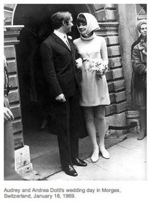 Photo of Audrey Hepburn - Audrey Hepburn and Andrea Dotti wedding outfit.jpg