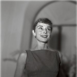 Photo of Audrey Hepburn - style icon - Audrey Hepburn in dark frock.jpg