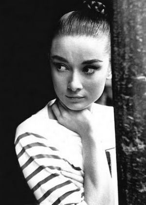 Pictures of Audrey Hepburn - audrey hepburn in striped shirt.jpg