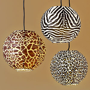 Stylish home decorating with animal prints for Animal print decoration