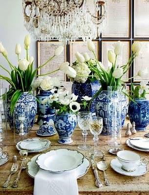 Flowers In Vases Judy Elliott Interiors Blue And White Jpg